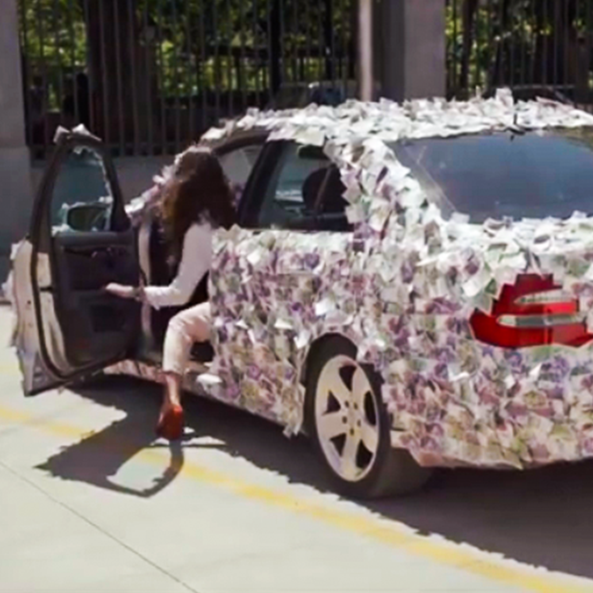 SSwiss Capital მიიღეთ 50000 ლარამდე თქვენი ავტომობილის საშუალებით